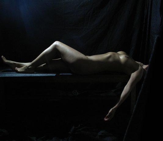 Seks na kanapie
